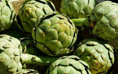 Alcachofas con salsa de menta