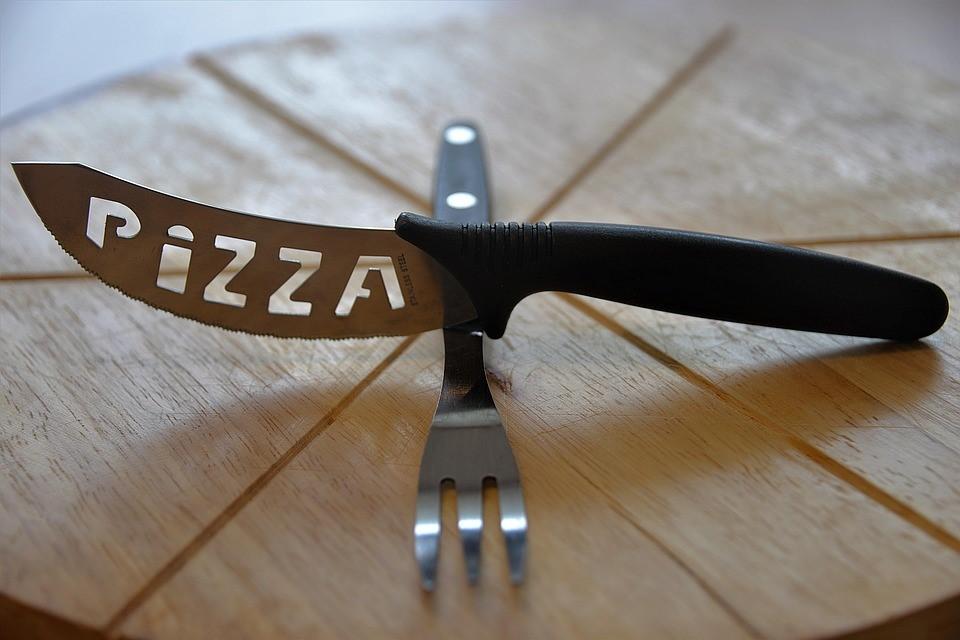 Mini pizzas de centeno y espelta con vegetales raw